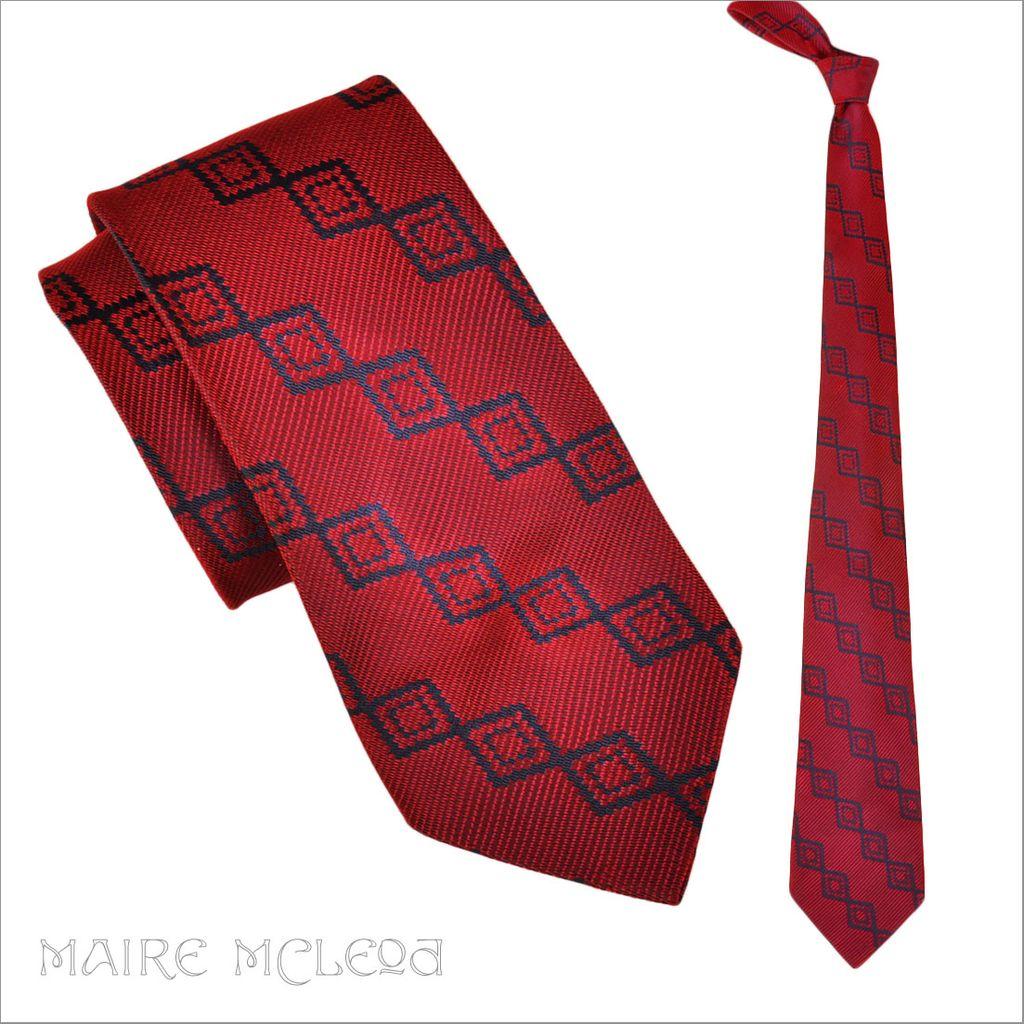 """Luminous Red & Blue Vintage 1940's Men's Tie  3-1/2"""""""