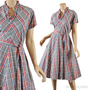 SALE Vintage 1950's Gray Plaid Day Dress - S / M