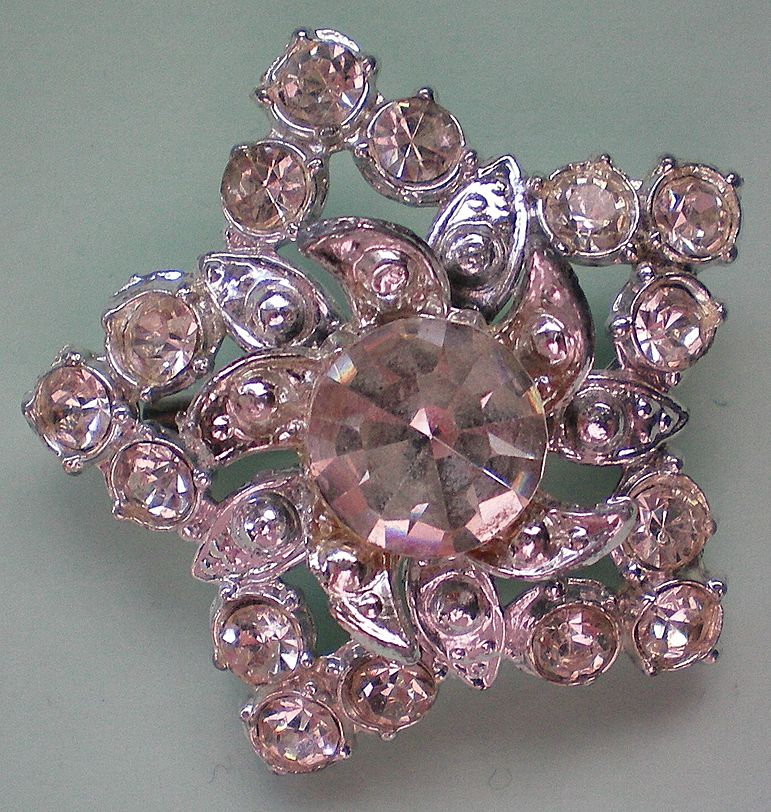 Rhinestone Star Pin with Clear Crystal Stones