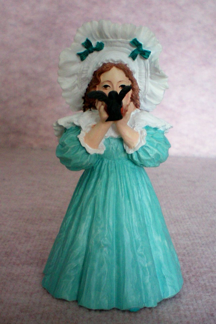 The Little Captive Figurine – 1969 Edition