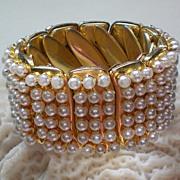Expandable Faux Pearl Stretch Bracelet