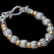 Nontoxic Zinc Alloy Silver Tone and Gold Tone Bracelet