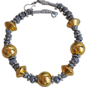 B.Bold Chunky Choker-Style Necklace