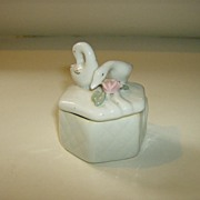Porcelain Swan Trinket Box ~ Made in China