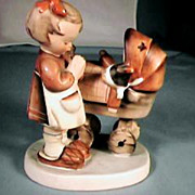 Doll Mother Hummel Figurine No. 67 Full Bee TMK-2