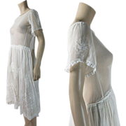 Exquisite Vintage 1920's Embroidered White Tulle And Lace Dress