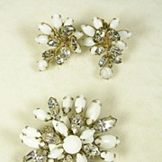 Signed Schreiner Milk Glass Moonstone and Crystal Rhinestone Brooch Earrings Set in Gold  Tone
