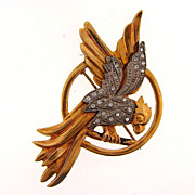Vintage 1940's two tone parrot figural Brooch