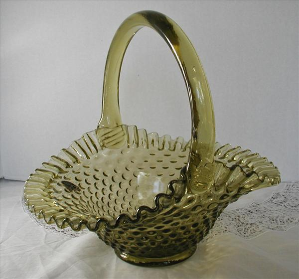 Fenton Olive Green Glass Hobnail Ruffled Basket Vintage Original Label