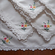 Napkins Set 6 Crocheted Lace Bright Hand Embroidery Vintage Cotton
