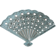 SOLD Pressed Glass Figural Fan Shape Plate Vintage Daisy Button