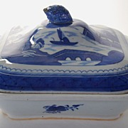 Antique: Canton Covered Vegetable Dish, Porcelain