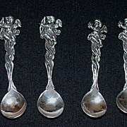 Antique: Four Sterling Silver Salt Spoons with Cherubs
