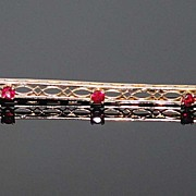10K Gold Bar Pin with Three (3) Rubies, Vintage