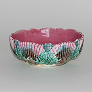 Antique Etruscan Majolica Bowl, Shell & Seaweed Pattern, Griffen, Smith & Hill