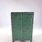 "Tootsie Toy 1930s 1/2"" Ice Box, Refrigerator Dollhouse Furniture"