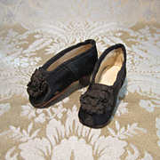 Huret - Quality Black Silk Slippers By Thierry for French Fashion