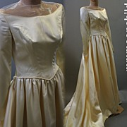 Vintage wedding gown bridal 1940s satin