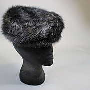 Vintage hat 1960s faux fur black