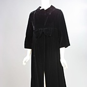 Vintage black velvet evening coat 1950s