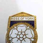Rare Rose of York Badge For The 1952 Tour of The King & Queen to Australia ...