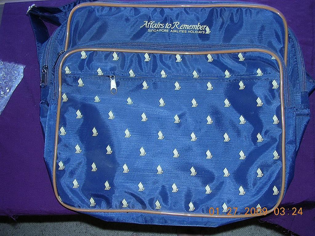 Vintage Singapore Airlines Cabin Bag