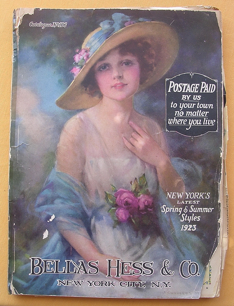 1923 Fashion Catalogue ' BELLAS HESS & Co'