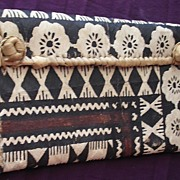 Lovely Vintage Pacific Islands TAPA CLOTH KETE or Handbag