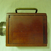 "SOLD EVER - READY  ""Bullsi"" Box  Lantern Torch Circa 1914"