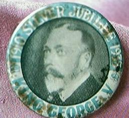 1935 Silver Jubilee Badge King George V