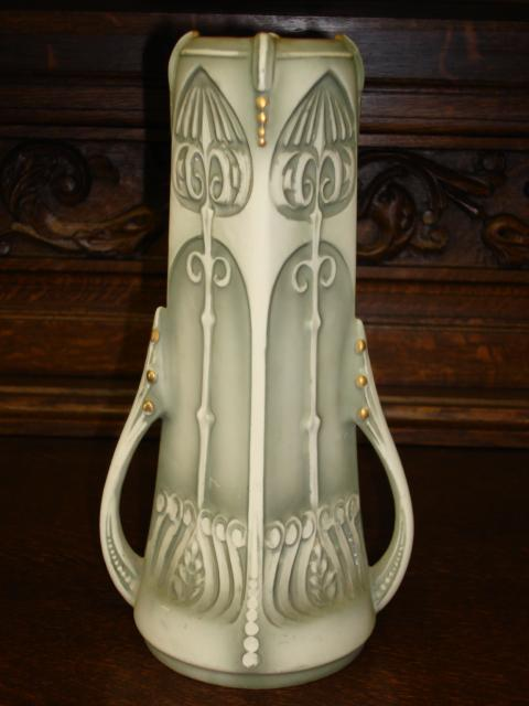 Beautiful 100% Original Arts and Crafts Royal Wettina Hand Made Vase Austria