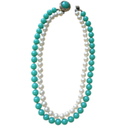 Outstanding Vintage Double Strand Faux Jade & Pearl Necklace
