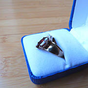 Vintage 10K Yellow Gold Ring with Cut Garnet Stone