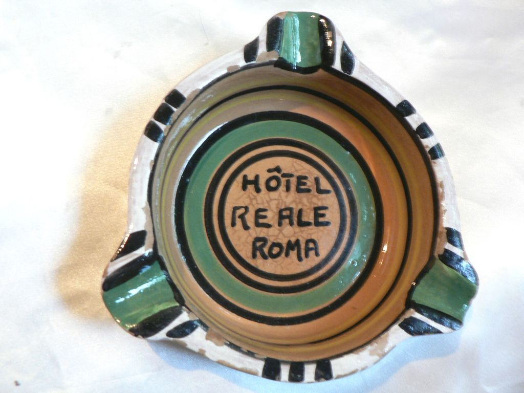 """Vintage """"Hotel Reale Roma"""" Italy Pottery Advertising Ash Tray"""