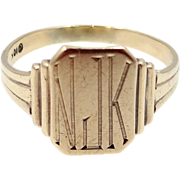 10k Gold Vintage Ladies Signet Ring