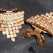 MUSI Topaz Austrian Crystal Draped Shoe Clip