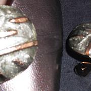 MUSI Oval Shoe Clip with Greenish Silver Epoxy