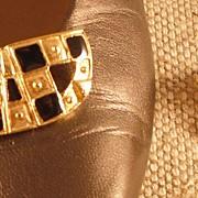 MUSI Half Moon Shoe Clip with Black Epoxy