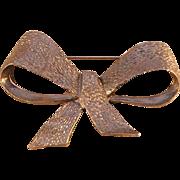 Metal Bow Pin by MUSI