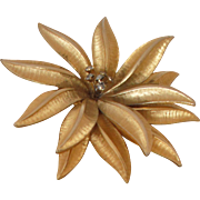 SALE Vintage Flower Pin Brooch
