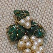 10 K Yellow Gold Jade / Pearls Pin