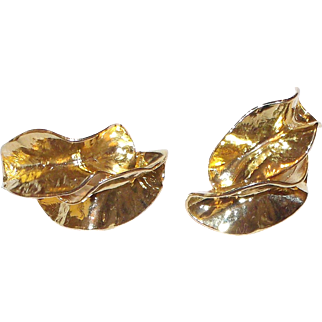 Big Bold And Gold(tone) 3-d Leaves Norma Jean Earrings Clip on