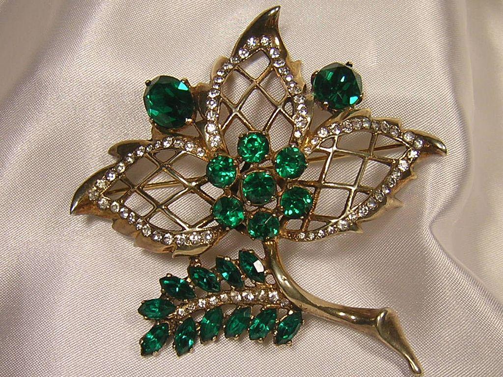 Early Eisenberg Sterling Emerald Color Rhinestone Leaf Brooch