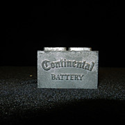 Vintage 1960's 12V Supreme Continental Battery Metal Advertising Paperweight