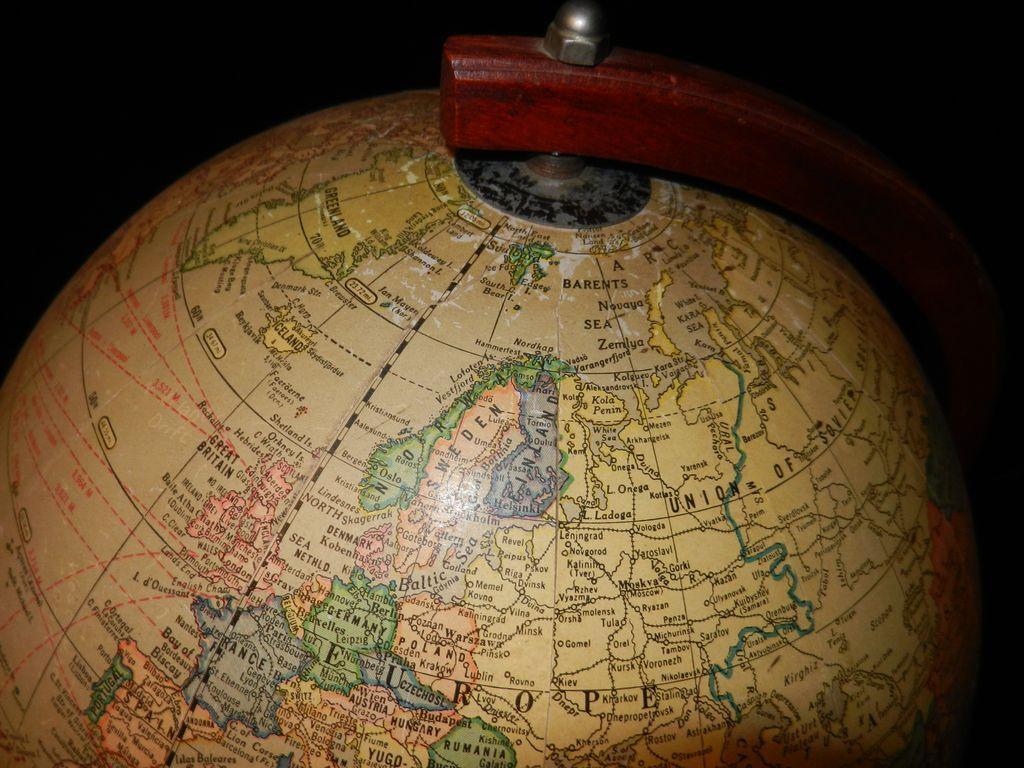 Vintage Cram S 12 Inch Universal Terrestrial Globe 1949
