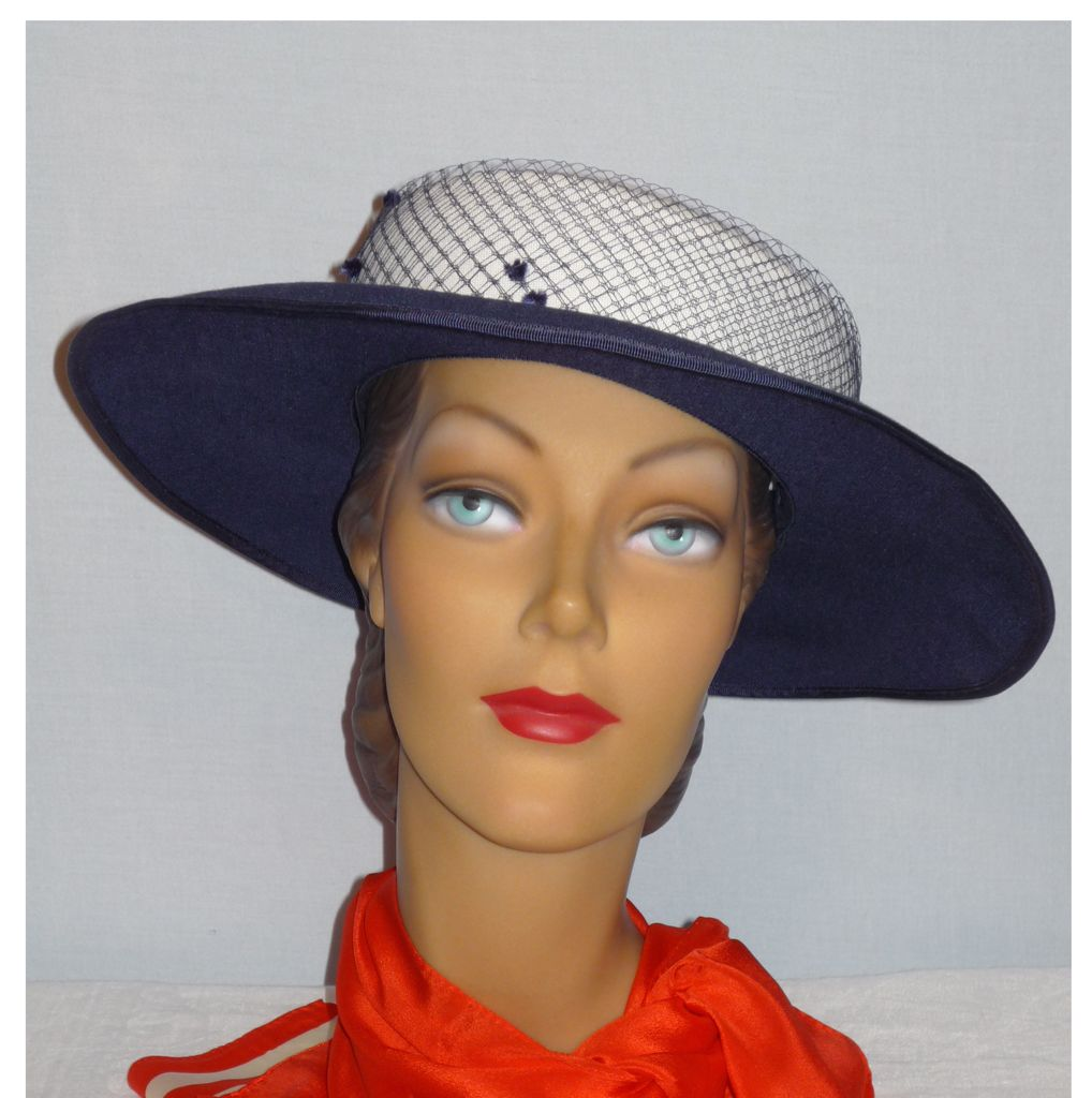 Vintage 1980s  Ruth Kropveld for Chapeau Creations Navy and White Church Hat