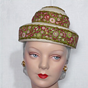 Vintage 1950s Sally Victor Woven Straw and Paisley Print Pagoda Style Hat