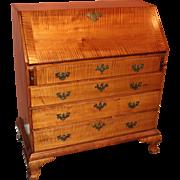 New England Tiger Maple Slant Front Desk circa 1775