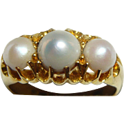 SALE Lustrous 3-Pearl & 18ct Gold Ring, 1903