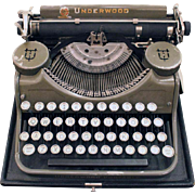 Underwood portable typewriter